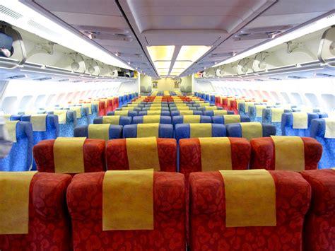 Airbus 330 Interior by Description Dragonair Airbus A330 300 Economy Class 2010 Jpg