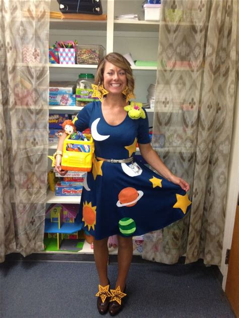 halloween themes for school best 25 teacher halloween costumes ideas on pinterest