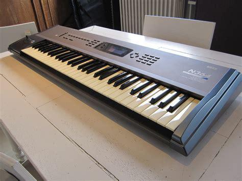 Keyboard Korg N364 korg n364 image 555272 audiofanzine