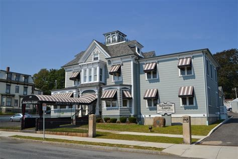 aubertine lopes funeral home new bedford ma