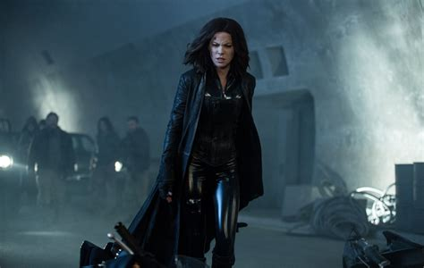 underworld film hot kate beckinsale shares another stunning poster for