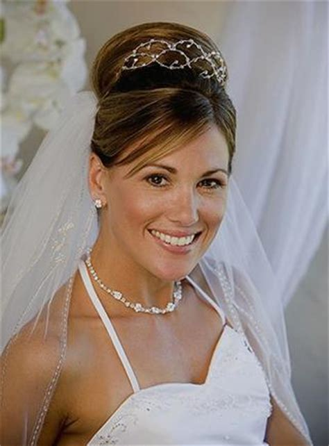 Wedding Hairstyles With Veil And High Bun by Wedding Hairstyles With Veils And Tiaras Knot For