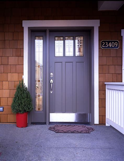 sidelights front door 25 best ideas about entry door with sidelights on