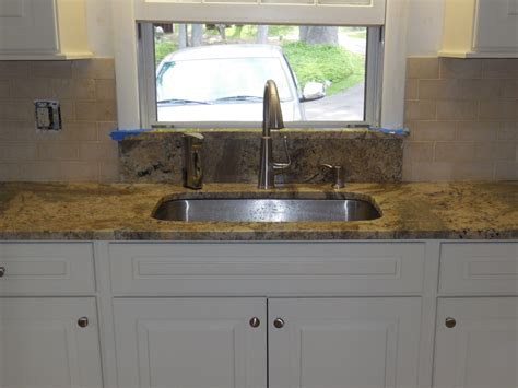 kitchen sink backsplash undermount kitchen sink granite window sill limestone backsplash sal thegraniteguy