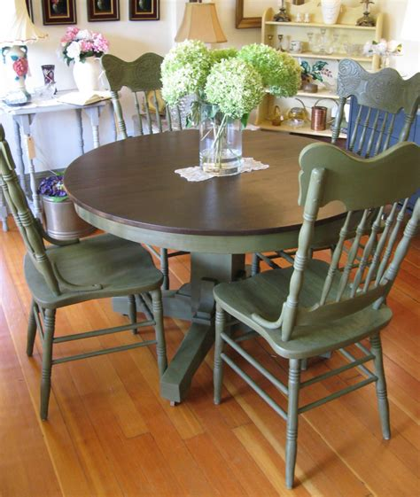 Painted Dining Room Chairs Ascp Olive Serendipity Vintage Furnishings I Want My Dining Room Chairs Painted This Color