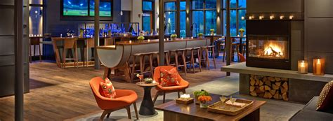 Top Notch Bar by Hotel R Best Hotel Deal Site