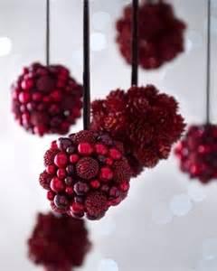 six quot bordeaux quot berries pine cone christmas ornaments