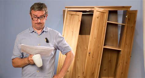 come montare cucina ikea come montare i mobili ikea guida semiseria