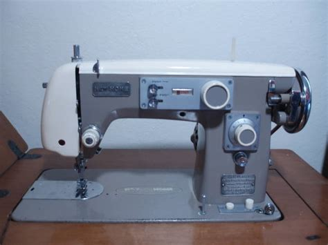 new home vintage sewing machines club page 4