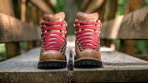 danner mountain light cascade hiking boots danner mountain light cascade left surgery