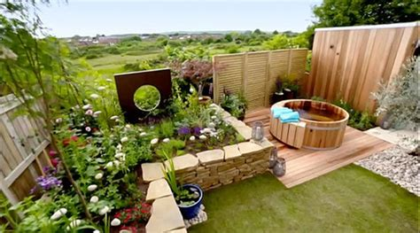 Easy Landscaping Ideas For Beginners Love Your Garden Alan Titchmarsh Honours Dad Killed By