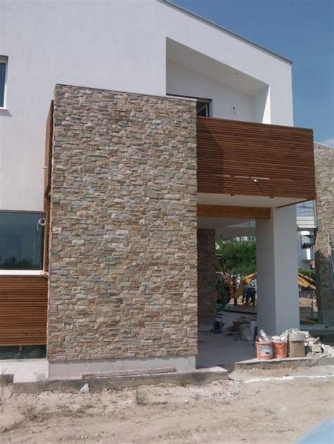 piastrelle per rivestimento muro esterno pavimentazione per esterni rivestimento parete