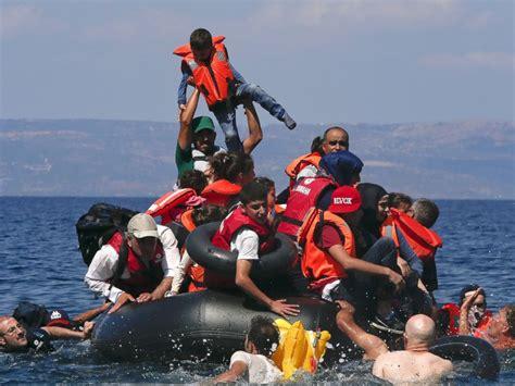 syrian refugees boat dozens of refugees die after boat sinks off coast of