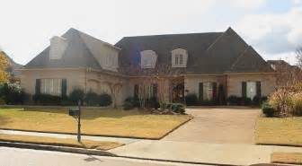 653923 1 5 story 4 bedroom 3 5 bath french country