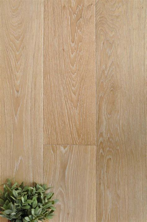 Wide Plank Oak Flooring China 189mm Wide White Oak Engineered Hardwood Flooring Plank Bf0010u36 China Flooring