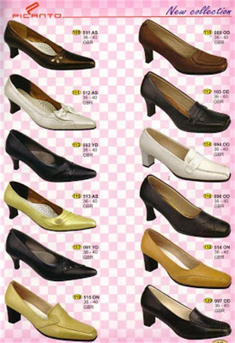 Sepatu Merk Grutty sepatu kulit sepatu lukis dan makanan khas sunda