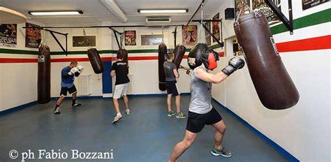allenamento boxe a casa boxe 7 motivi per darsi al pugilato gqitalia it
