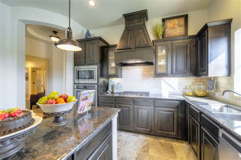 Stainless Steel Countertops Dallas by 1000 Ideas About Brown Granite On Brown Granite Granite And Restaurant Counter