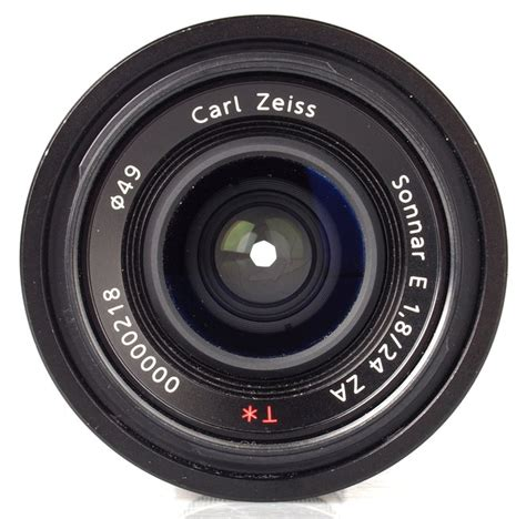 carl zeiss 24mm f 1 8 sonnar e za t lens review