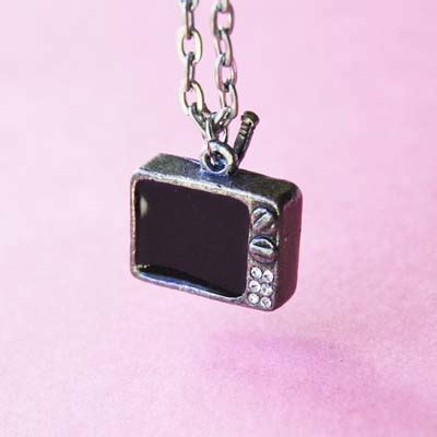 Chip Chop Scrabble Necklace by Vintage Retro Television Necklace Rca Television Reviews