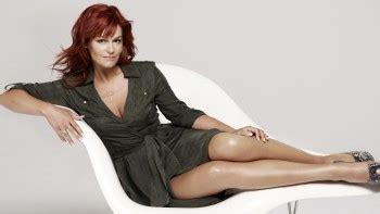 hq celeb corner andrea berg quot selfmade wallpaper in two size quot 2x