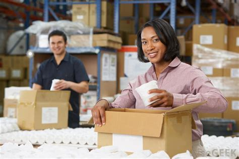 what is a warehouse assistant with pictures