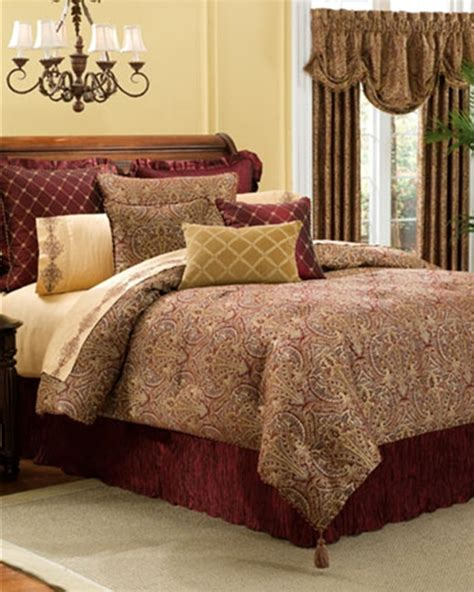 Croscill Townhouse Comforter by Premier Bedding Ensemble By Croscill Townhouse Linens