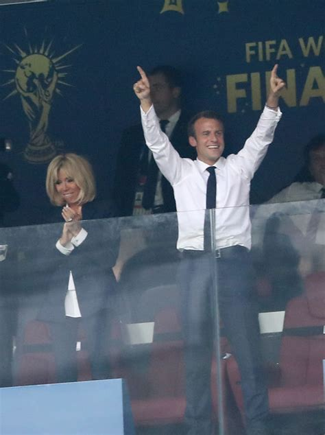 emmanuel macron reaction photo de l explosion de joie d emmanuel macron la