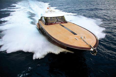 jacht verzekeren onder de hamer riva style custom jacht van aguti manify nl