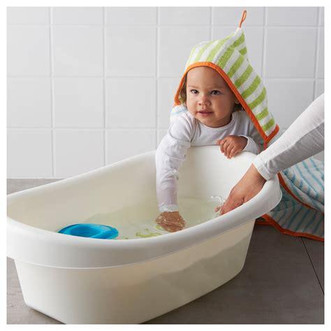 bathing baby in bathtub l 196 ttsam baby bath white green ikea