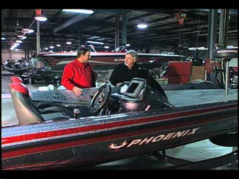 boat show phoenix 2017 phoenix bass boats plant interview youtube