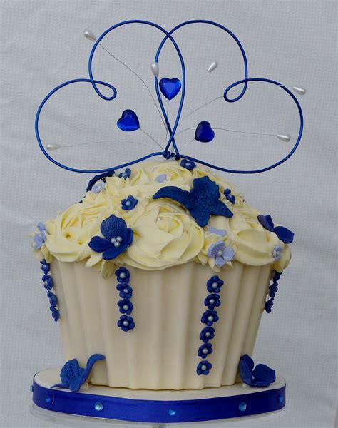royal blue and ivory wedding decorations royal blue wedding theme