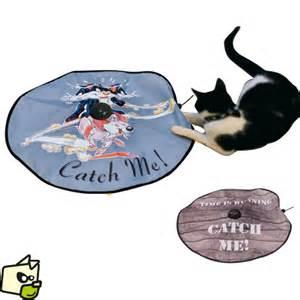 cat jouet undercover pour amuser miaou