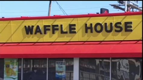 founder house waffle house co founder dies at 97