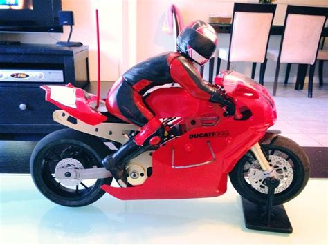 Rc Motorrad Thunder Tiger by Thunder Tiger Ducati 999r Rc Motorcycle Stock Youtube
