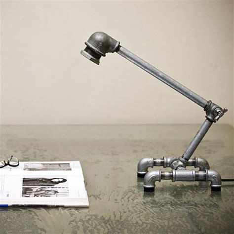 Lu Meja Pipa Retro Industrial Iron Water Pipe Desk L M001 利用水管和轉接頭做成的檯燈 john資訊設計 工作紀錄 隨意窩 xuite日誌