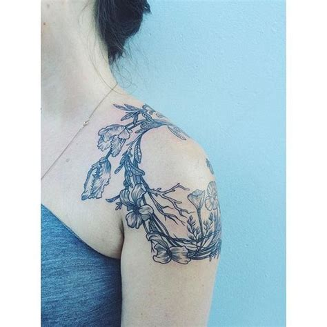 tattoo flower wreath floral wreaths ps and floral tattoos on pinterest