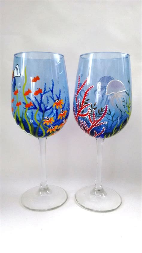 wine glass painting 1000 images about painted glassware christmas on