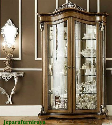 Lemari Kaca Mewah Lemari Kaca Hias Mewah Klasik Exclusive Furniture Jepara
