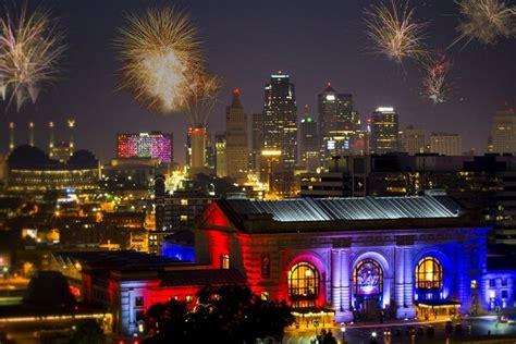 new year celebration kansas city how to kansas city new years 2018 fireworks live