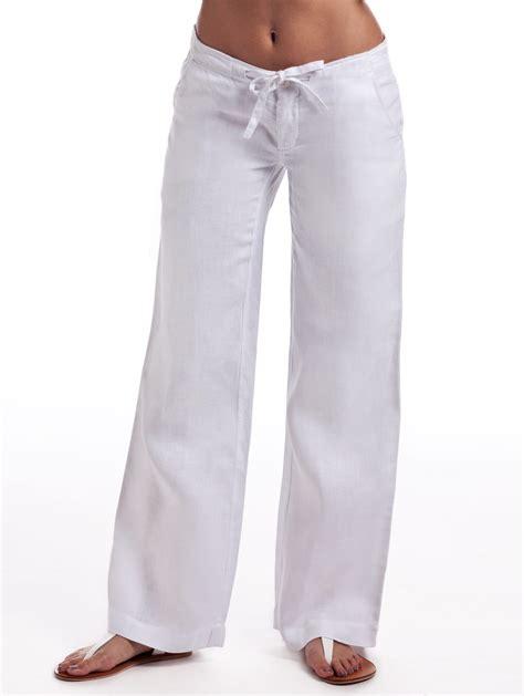 white linen for relaxed linen island