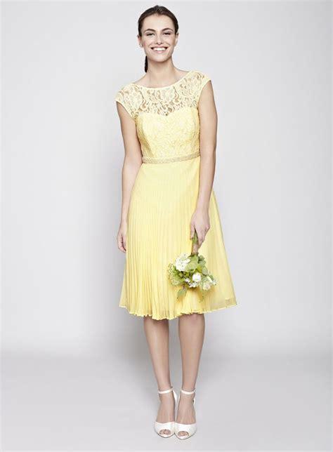 light yellow bridesmaid dresses best 25 yellow bridesmaid dresses ideas on pinterest