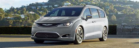 Chrysler Mall Of by 2018 Chrysler Pacifica Hybrid Chrysler Dealership In