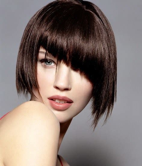 square face asymmetrical pixie bob 20 stunning looks with pixie cut for round face