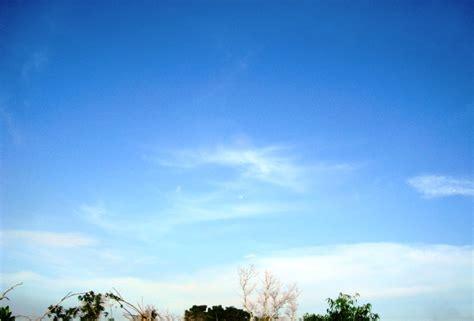 gambar wallpaper biru langit gambar milkyway di langit pemandanganoce