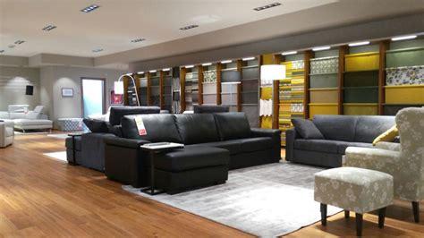 negozi poltrone e sofà diamo il benvenuto a una nuova entrata nella rete negozi