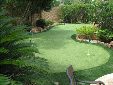 green backyard backyard putting greens fresh backyards chic putting green