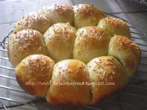 resep dan cara membuat roti manis step by step dianacakes dapur kue oma resep roti manis istimewa