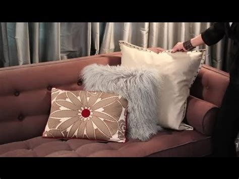 How To Decorate A Brown Sofa With Pillows Easy Designing How To Decorate Sofa With Pillows