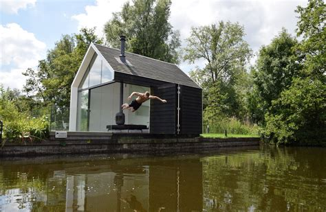 the island house compact lakeside holiday house in loosdrechtse the netherlands